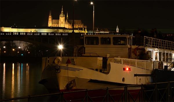 Silvester-Schifffahrt mit DJ