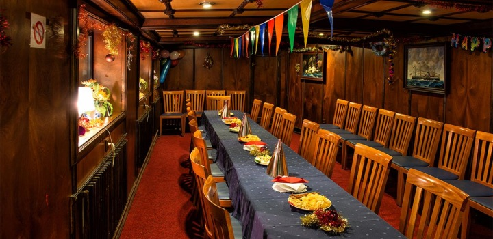 New Year's Eve cruises 2016 – last spots still available