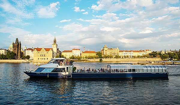 Schiff Grand Bohemia