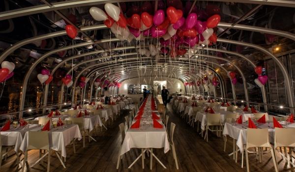 St Valentine's Prague by night cruise on Bohemia Rhapsody