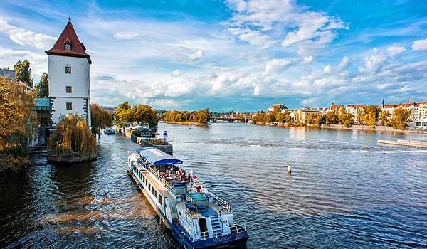 Grand cruise of Prague